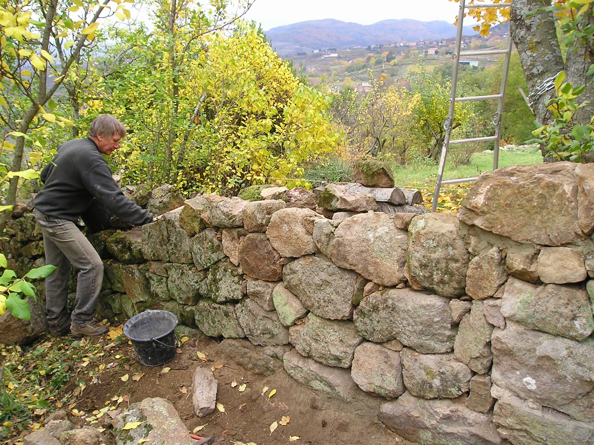 dry stone walls | Life at les Sarziers