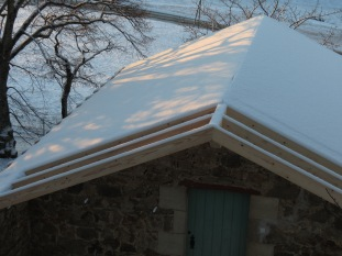 Doghouse roof . . . waiting