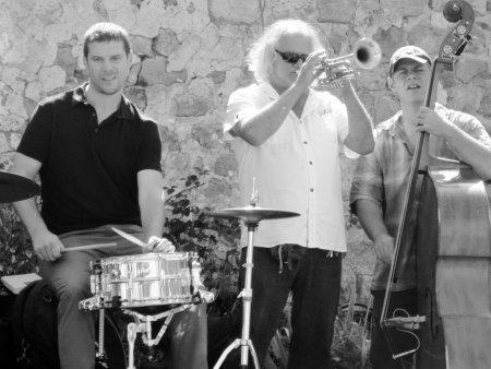 Akoustik Trio at Le Trouillet